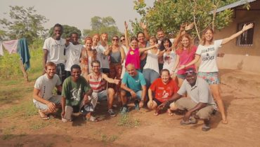 AFRICA, STOP MALARIA SALVANT VIDES EN GÀMBIA – BonDiaMon